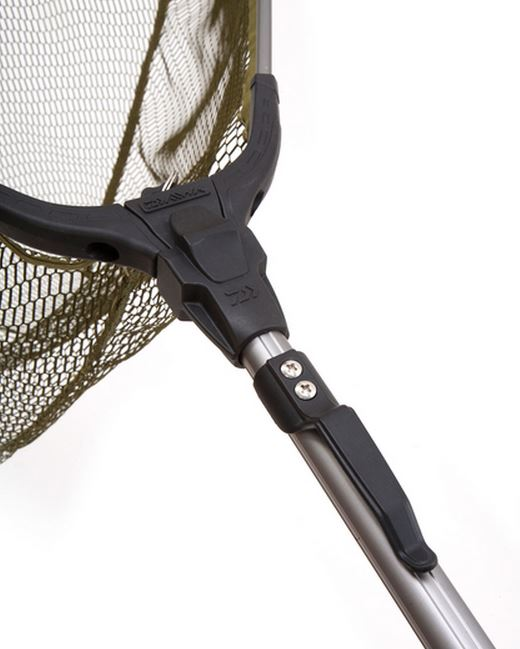 New daiwa trout fishing folding telescopic landing net for Collapsible fishing net