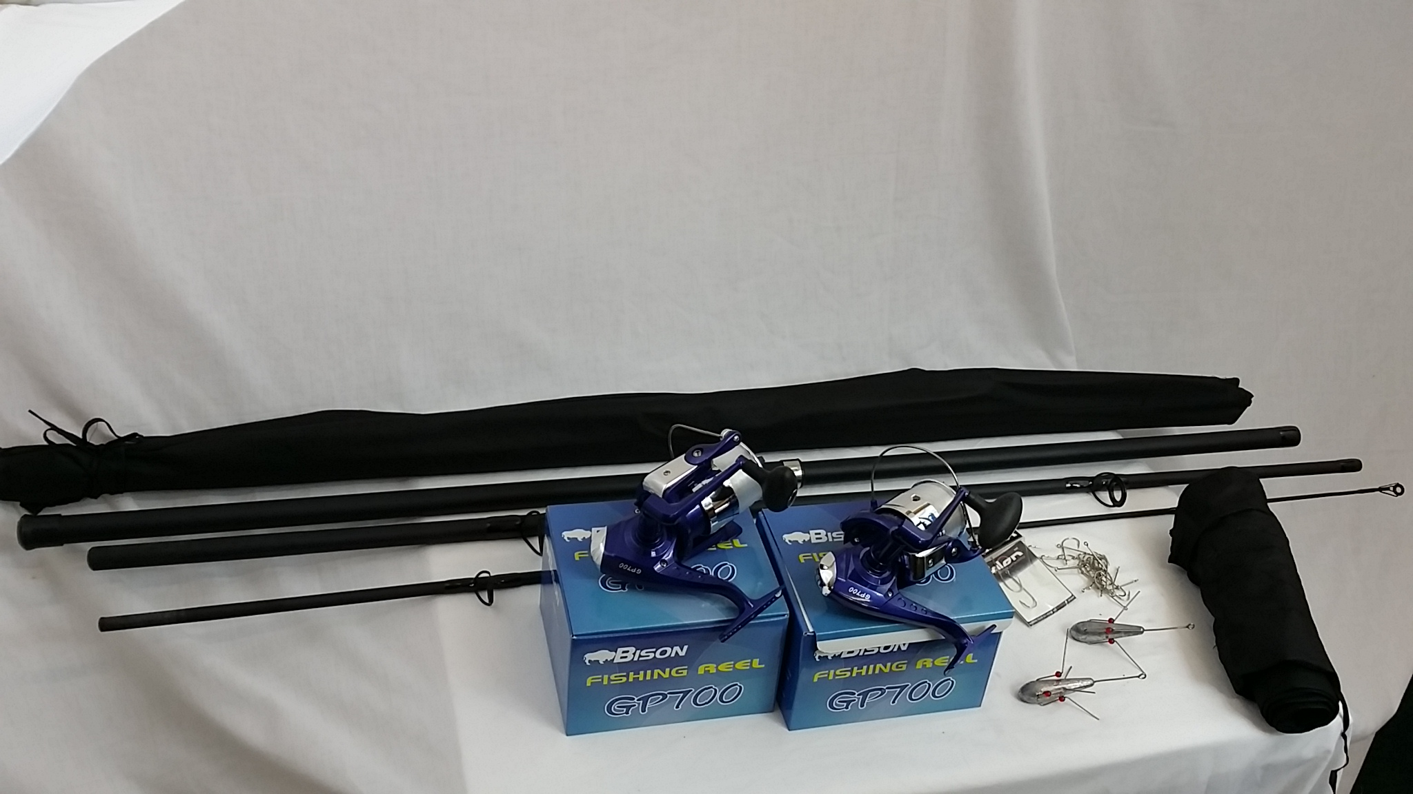 Sea fishing kit 2 x 13 39 beachcaster rods 2 sea reels for 13 fishing combo