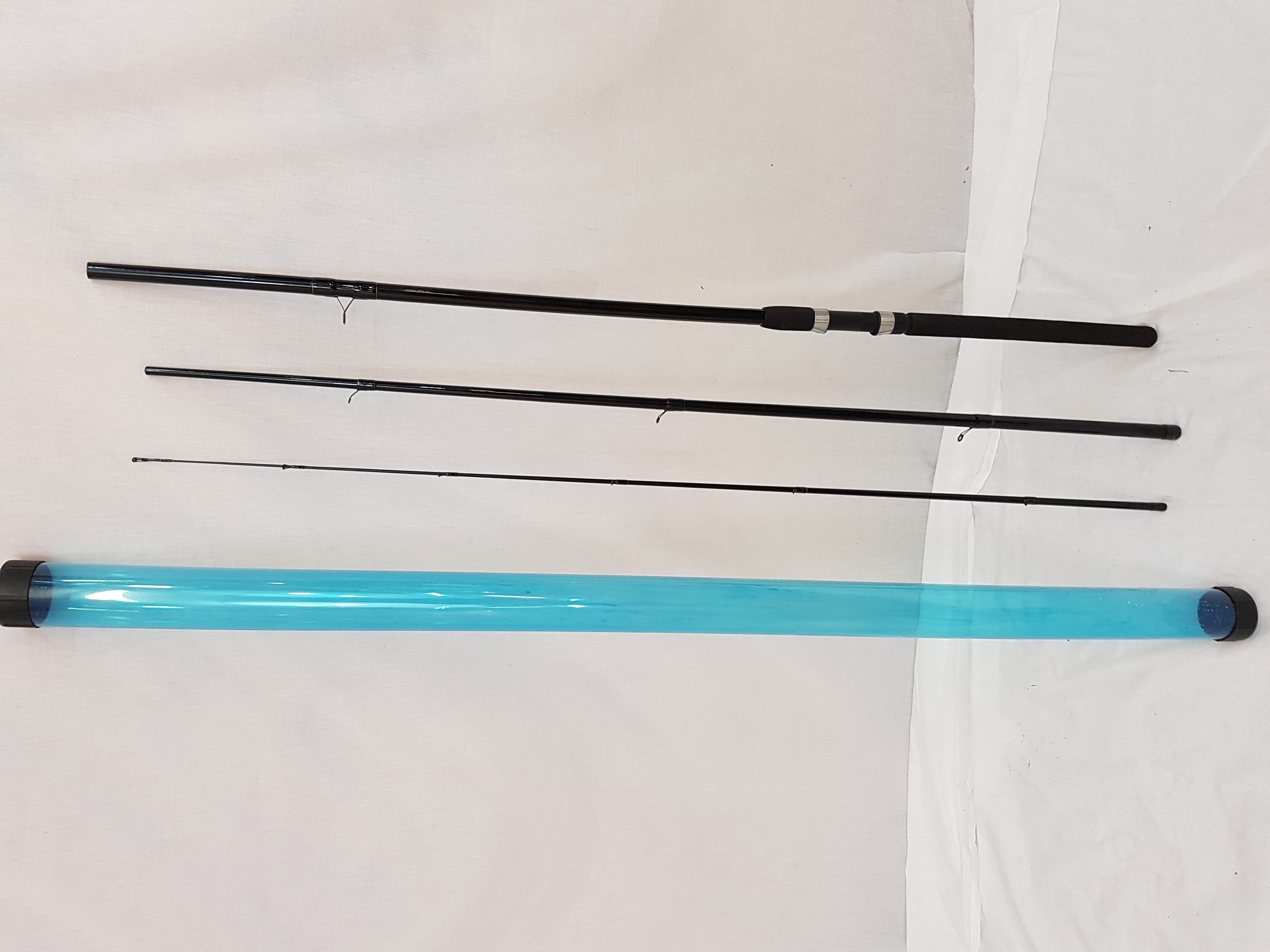 Match fishing rod 12 39 3 sec in rod tube with daiwa for Fishing rod tubes
