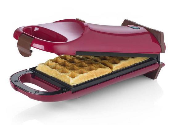 Giles & Posner Red 180° Flip Over Waffle Maker