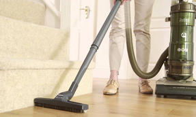 Hoover 700W A Rated Upright Bagless Turbo Powered Vacuum Cleaner TP717P01001 Thumbnail 2