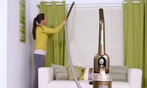Hoover 700W A Rated Upright Bagless Turbo Powered Vacuum Cleaner TP717P01001 Thumbnail 5