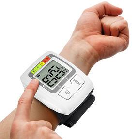 Salter BPW9100GB Automatic Wrist Blood Pressure Monitor Thumbnail 3