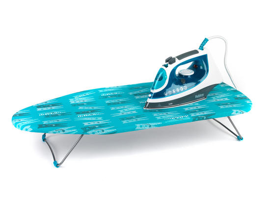 Beldray 2400W Flite Steam Iron and Peg Print Table-Top Ironing Board Set Thumbnail 2