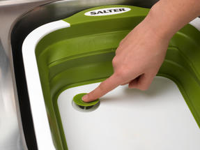 Salter 2 in 1 Collapsible Chopping Board and Colander Thumbnail 5