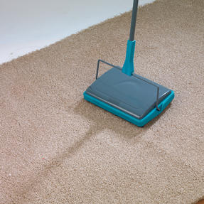 Beldray Hard Floor & Carpet Cleaning Set with Double Sided Spray Mop and Carpet Sweeper, Turquoise Thumbnail 4