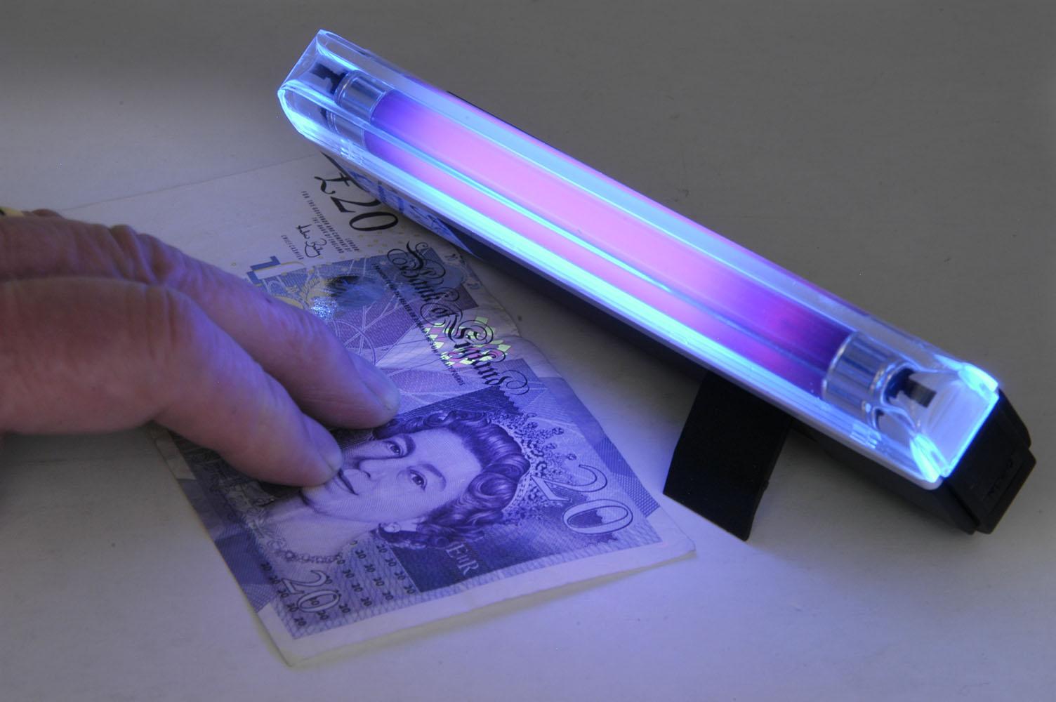 Portable Compact Mini Black Light Lamp & Torch UV Checking Notes ...