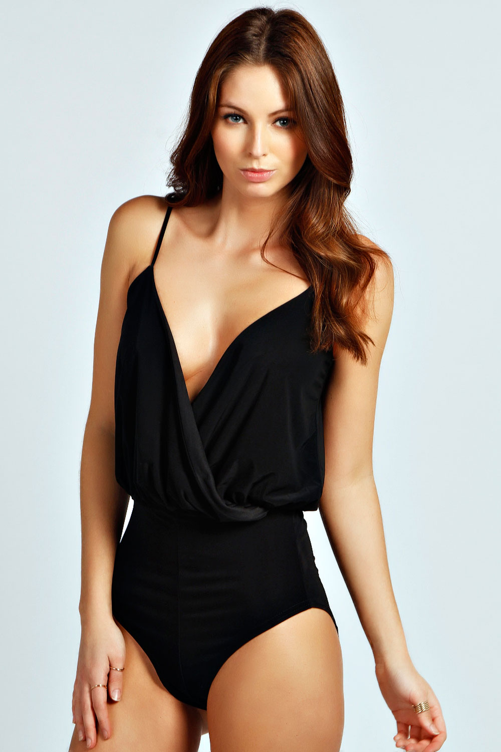 From lace bodysuits to cut out bodysuits, Make Me Chic has the trendiest bodysuits for women on sale now! Feel sexy with backless or halter bodysuit styles.