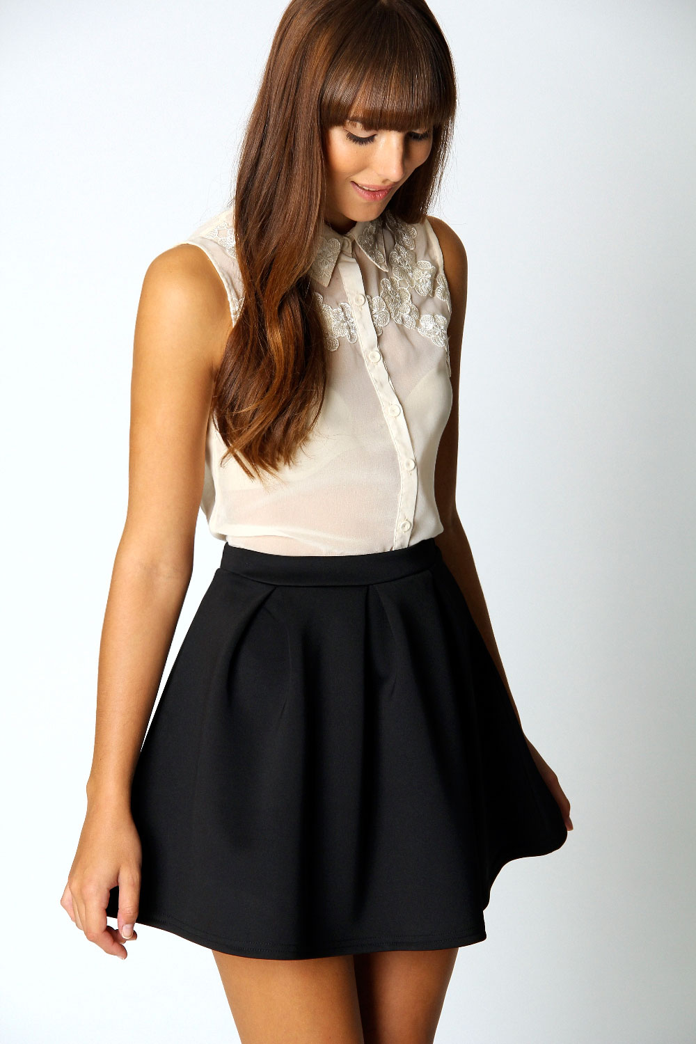 Boohoo-Kate-Box-Pleat-Skater-Hip-Length-Skirt thumbnail 3