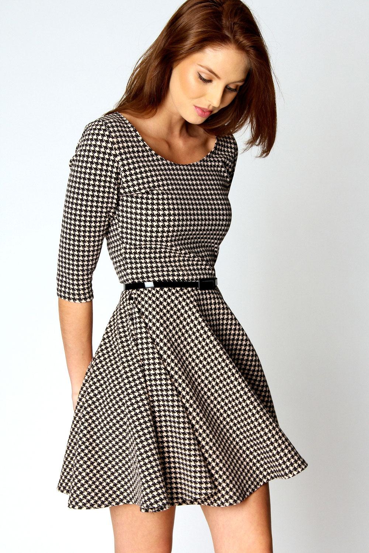 Секс в одежде в платье