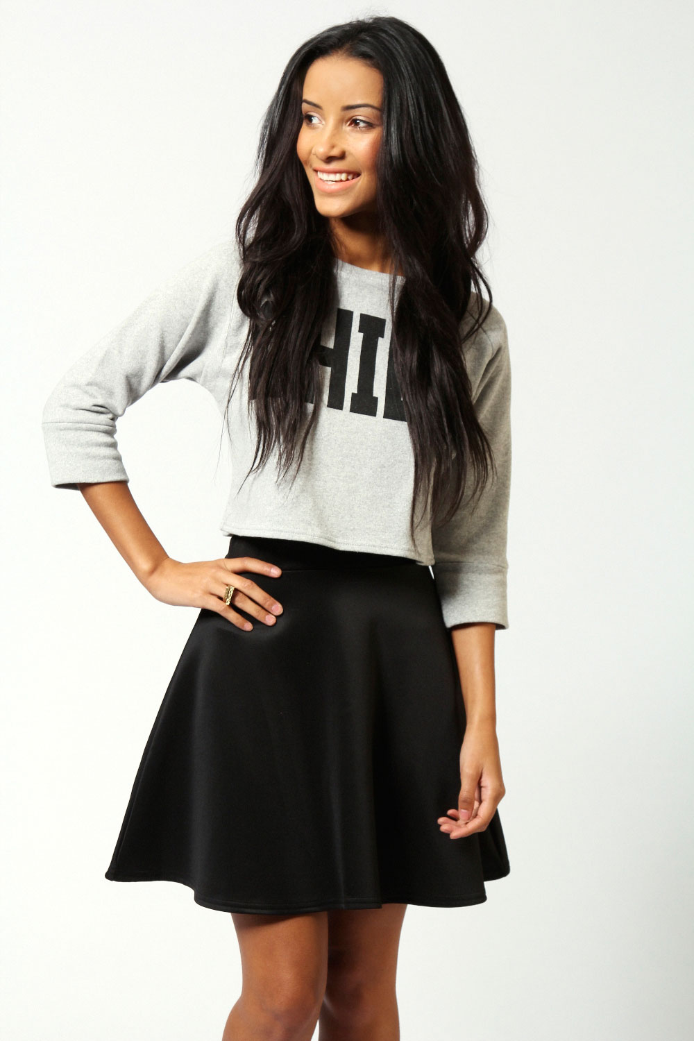 good black skater skirts outfits