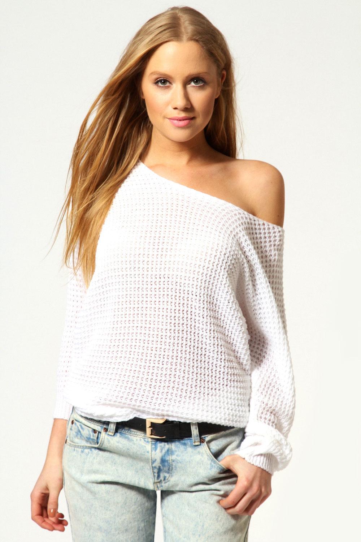 Как связать свитер спускающий на одном плече
