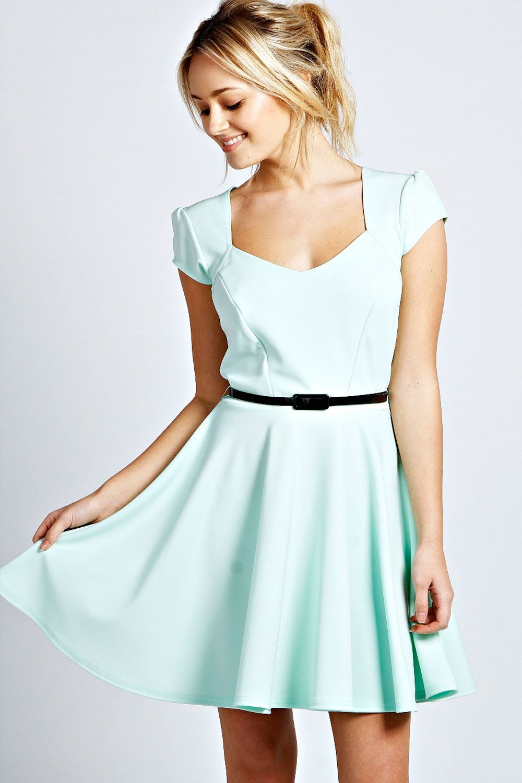 0630d646ea22c Boohoo-Womens-Ladies-Lara-Sweetheart-Skater-Dress thumbnail 6