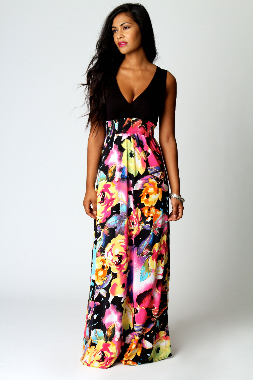 Boohoo Kiera Rose Print V Neck Maxi Dress in Black | eBay