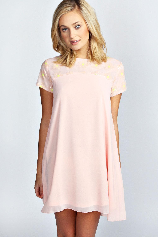 Free shipping and returns on Chiffon Formal Dresses at salestopp1se.gq