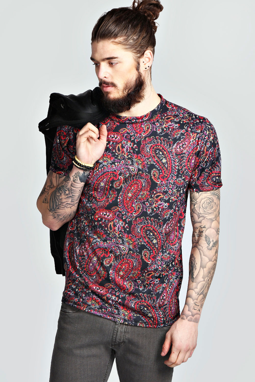 boohoo mens all over paisley printed t shirt in navy ebay. Black Bedroom Furniture Sets. Home Design Ideas