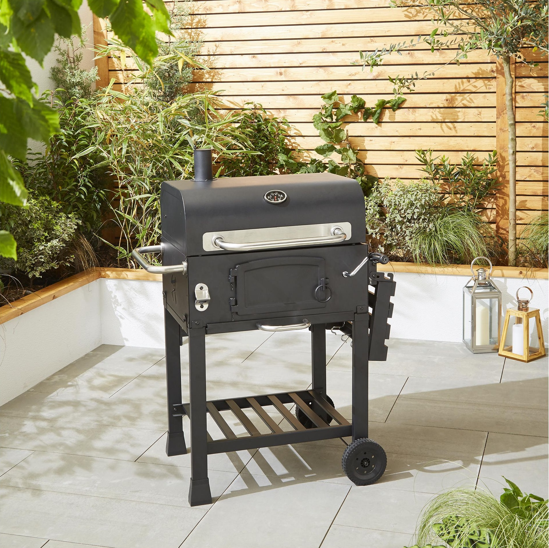 New tesco american adjustable grill charcoal bbq with for Modern barbecue grill