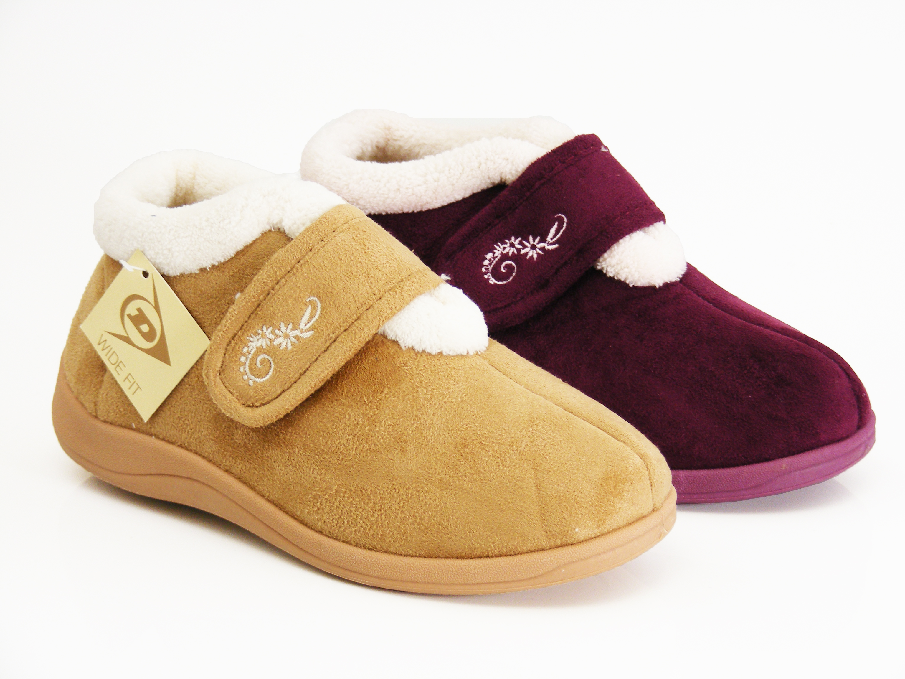 Sorel Women' Nakiska Slide Slipper is another good candidate for the best slippers for women. The suede leather felt, and wool is the materials used to manufacture these slippers. On winter days, Sorel Women's Nakiska slippers will provide maximum warmth and comfort to your feet.