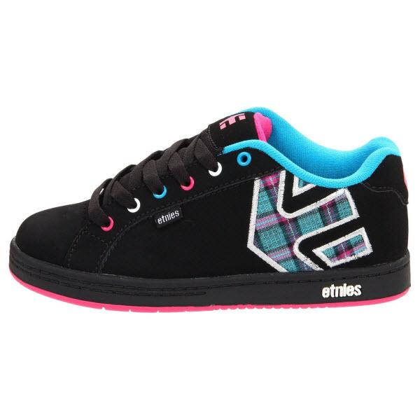 etnies fader skate shoes black blue pink