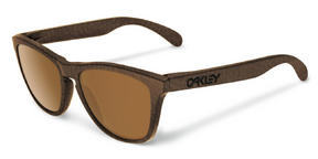 Oakley Frogskins Sunglasses in Tobacco with Dark Bronze Lens