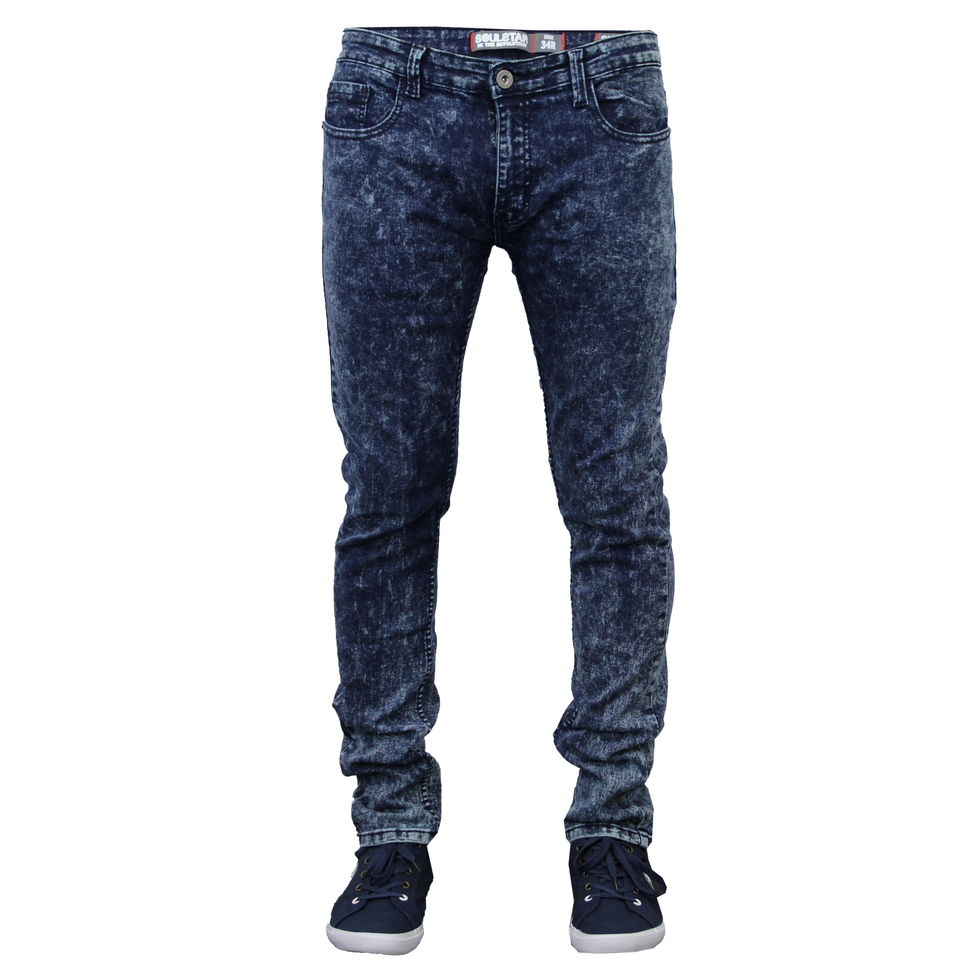 How to wear men's classic fit slim jeans? Men's classic fit slim jeans are easy and comfortable to wear, so you don't need to think too much about your outfit. These jeans look great with a basic t shirt, like a Pique Tipped Crew Neck Tee, or a casual button down shirt, like the Slim .