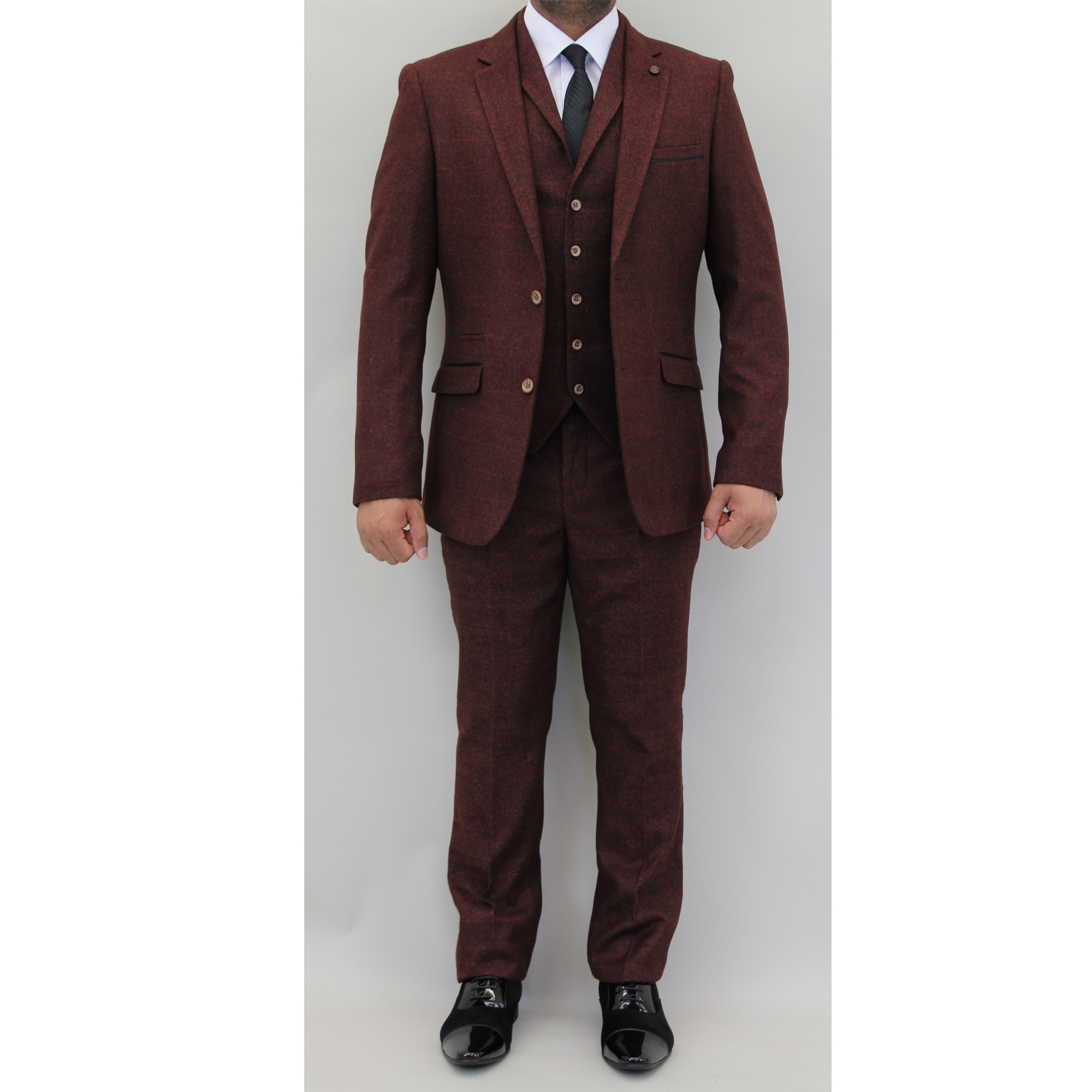 Slim Fit Suits. Designed for fashionably modern men, slim fit suits are the the most popular in our mens suiting and tailoring range, because of how cutting and stylish they are, compared to regular tailored suits.