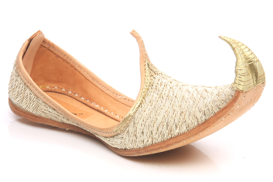 A U.S. Women's size 13 shoe is equivalent to an Indian Women's shoe size of A U.S. Men's size 13 shoe is equivalent to an Indian Men's shoe size of
