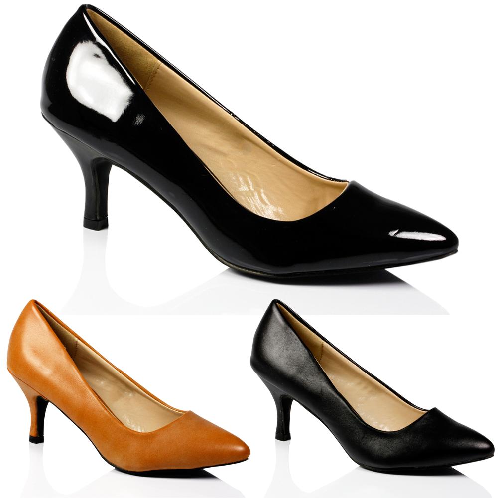 7 đôi giày mọi cô gái cần phải có ảnh 7