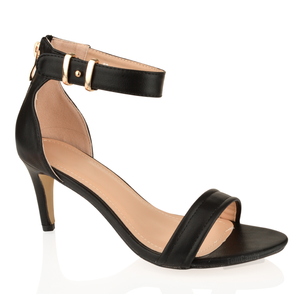 Shop Sexy and sleek ankle strap heels at Lulus! Sophisticated and chic ankle strap styles look effortlessly on trend with any outfit. Free shipping + returns!