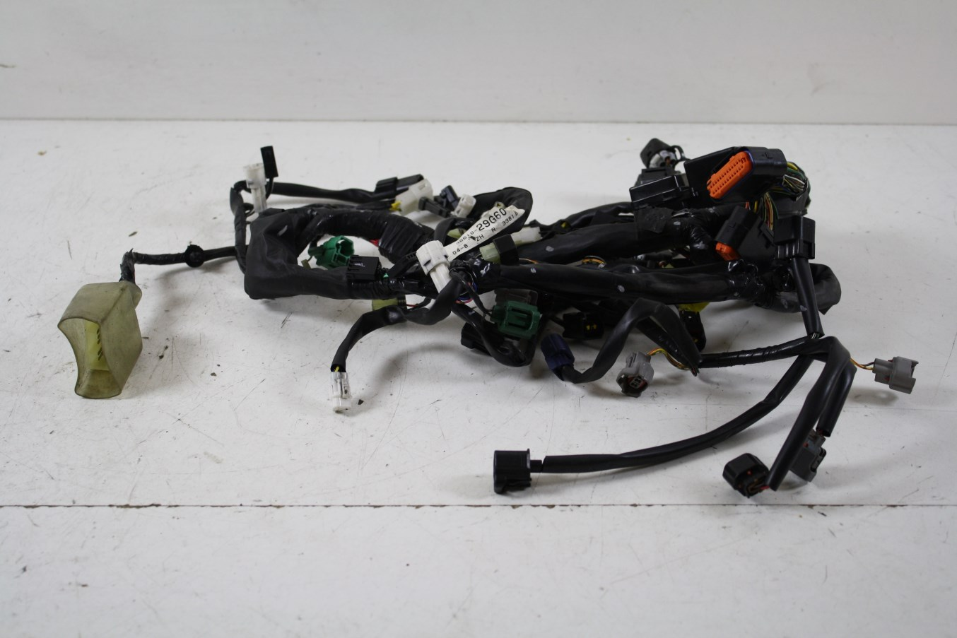 2005 gsxr 600 wiring harness for gauges moreover 2005 suzuki hayabusa