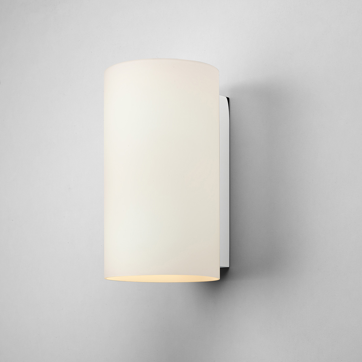 Astro Cyl 260 0884 dimmable cylindrical wall light 2x60W E27 lamp IP20 chrome Liminaires