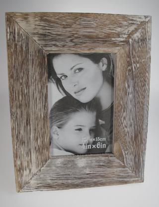 Wood Relief Photo Frame 4 x 6 Thumbnail 2
