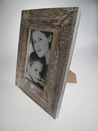 Wood Relief Photo Frame 4 x 6 Thumbnail 3