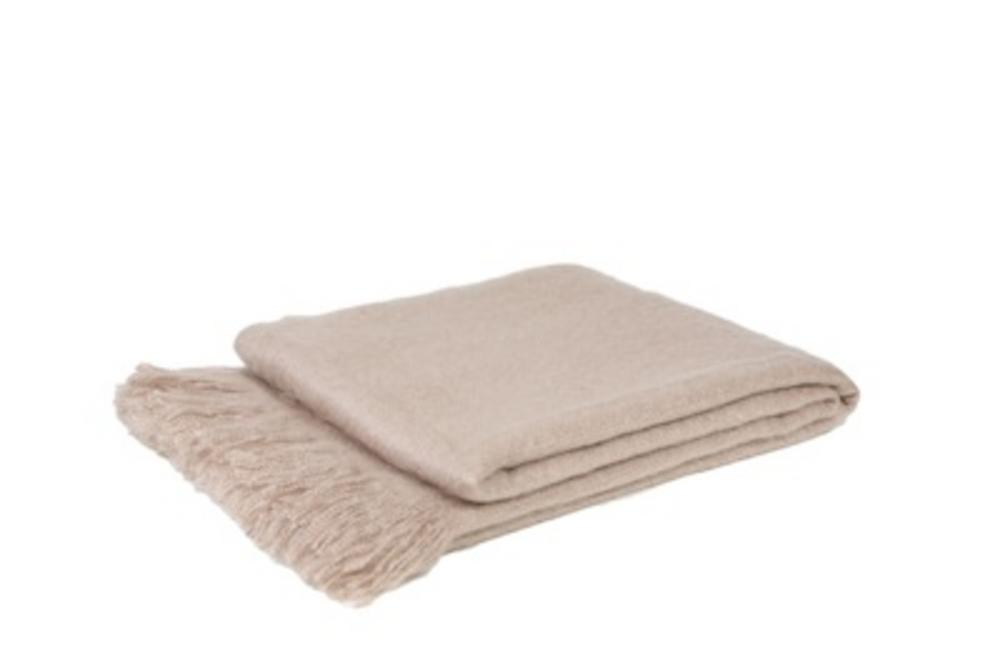 Malini Vogue Throw in Natural Cream