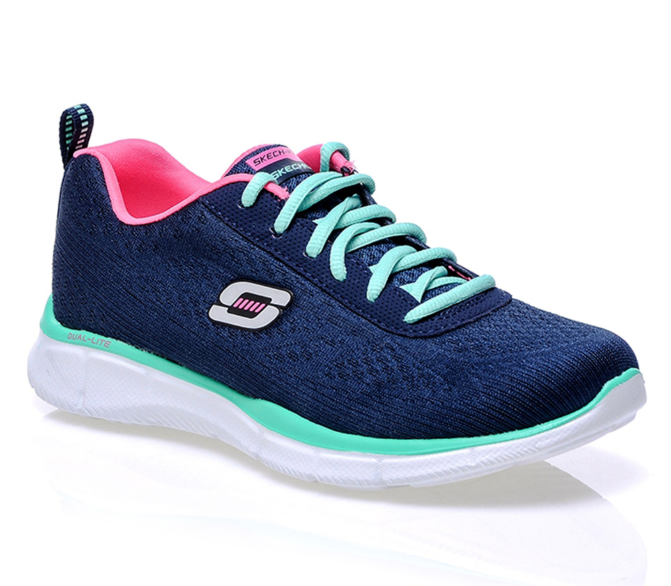 chaussures skechers memoire de forme. Black Bedroom Furniture Sets. Home Design Ideas