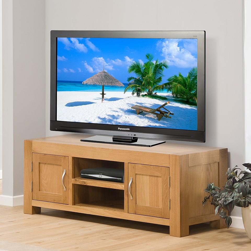 solid oak tv stand wooden television cabinet 2 door 2. Black Bedroom Furniture Sets. Home Design Ideas