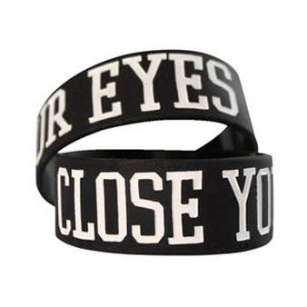 Close Your Eyes (Empty Hands) Wristband