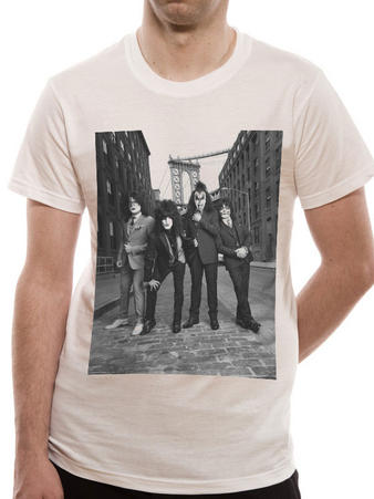 Kiss (B&W City) T-shirt Preview