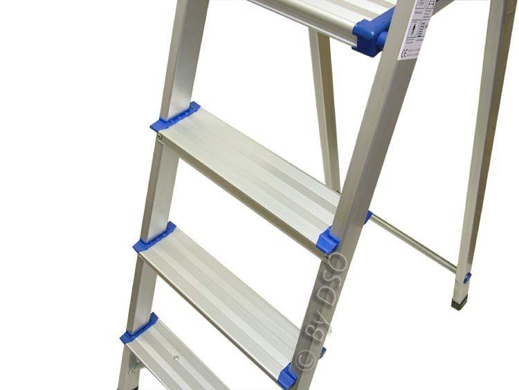 Ultra Lightweight 4 Tread Aluminium Step Ladder Sl057 Ebay