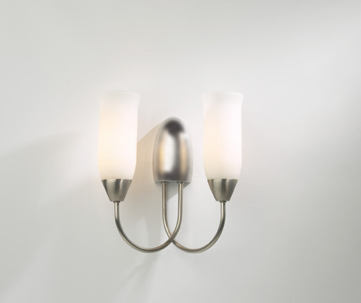 Classy Wall Light Fitting in Brushed Chrome with Pull Cord Switch - HP010876 eBay