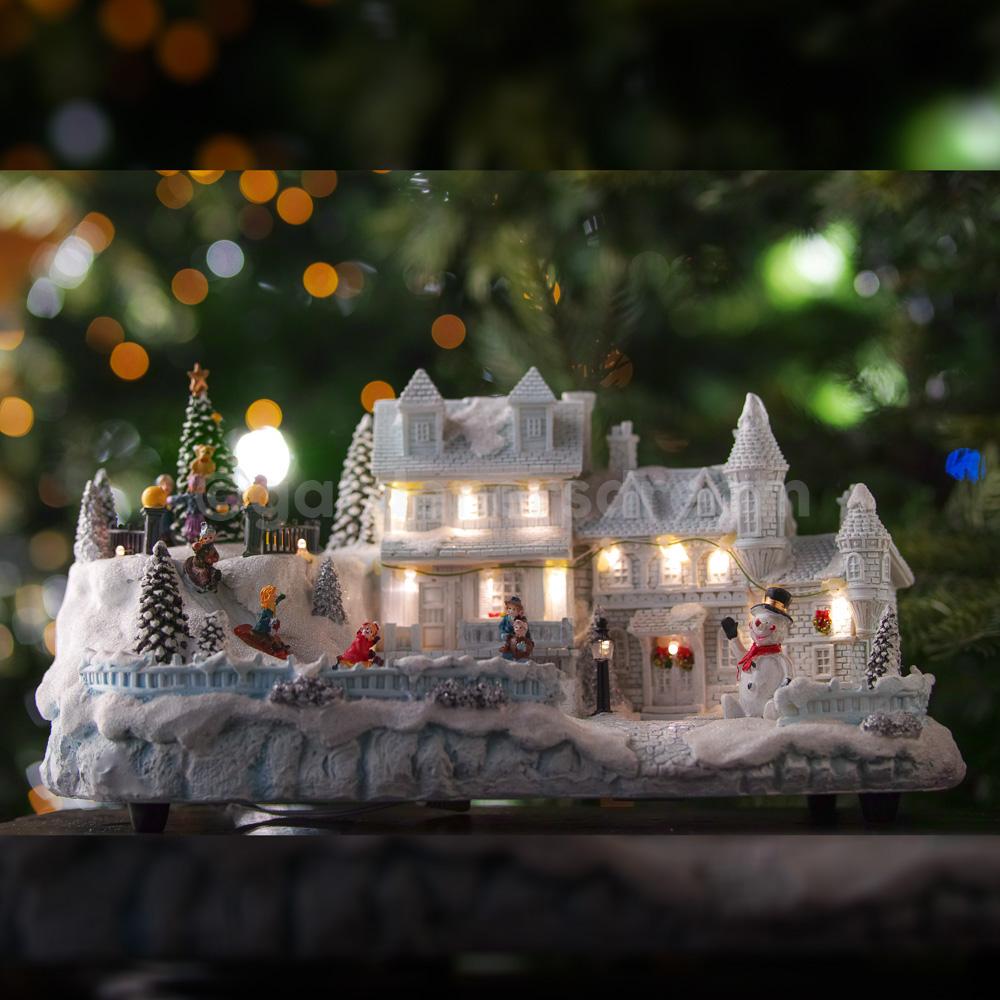 GARDENERSDREAM® LED CHRISTMAS VILLAGE SCENE MUSICAL LIGHTS