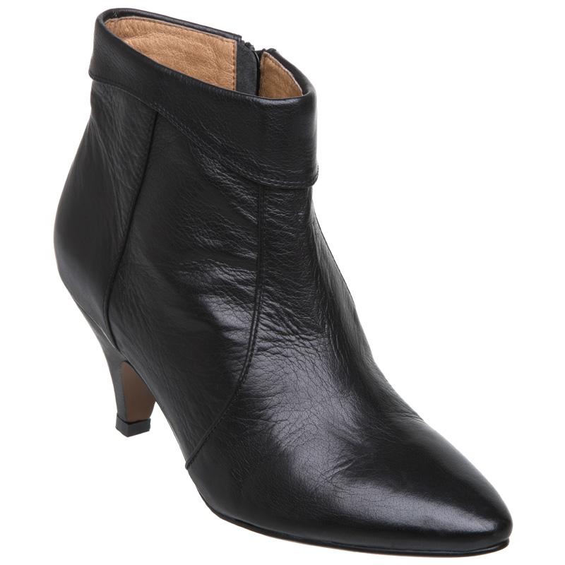 new bertie womens georgiana black kitten heel zip