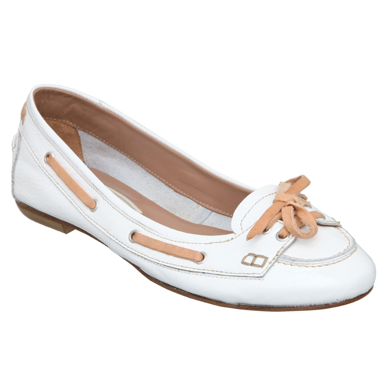 New Pied A Terre Womens Goji Ladies Flat Bow Deck Boat