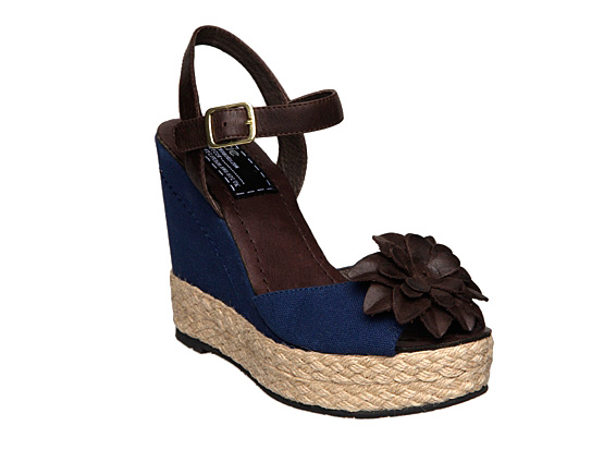 Andre Assous - Pamela - Canvas Espadrille Wedge at Footnotesonline