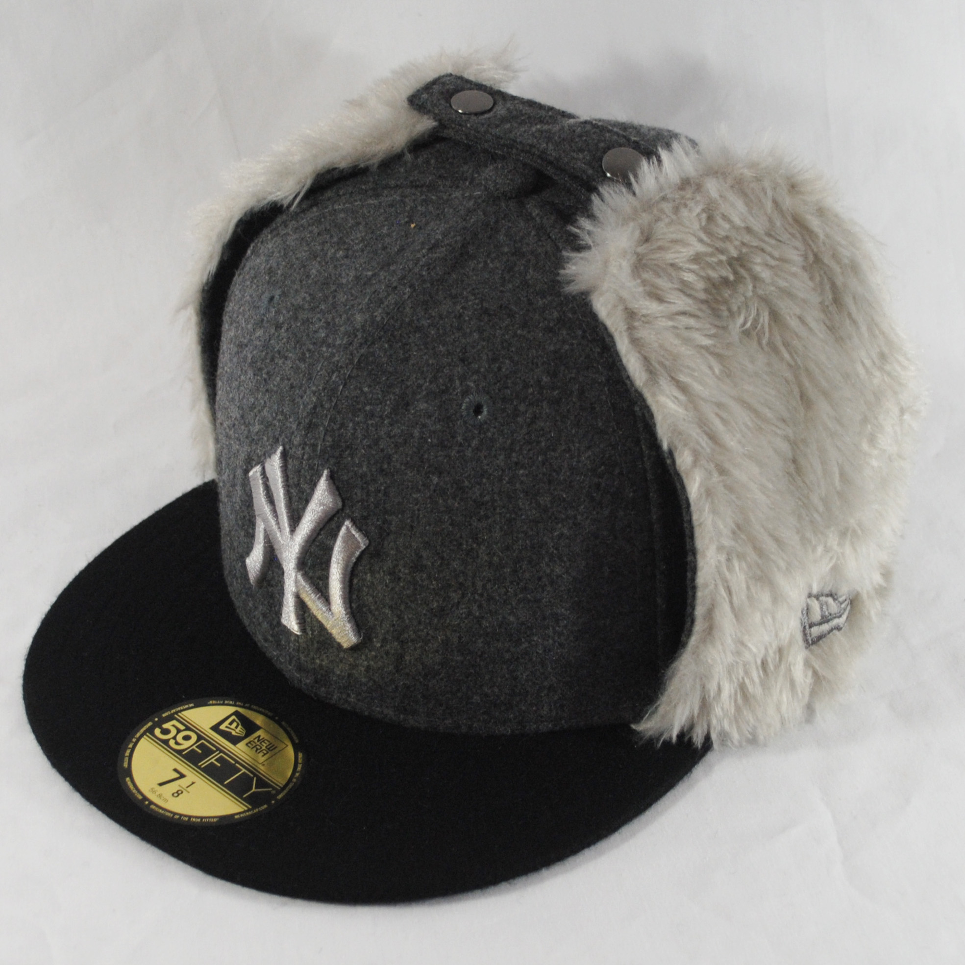 4645d2dadc2683 New Era 59fifty NY Yankees Melton Dog Ear Grey Russian Winter Fitted ...