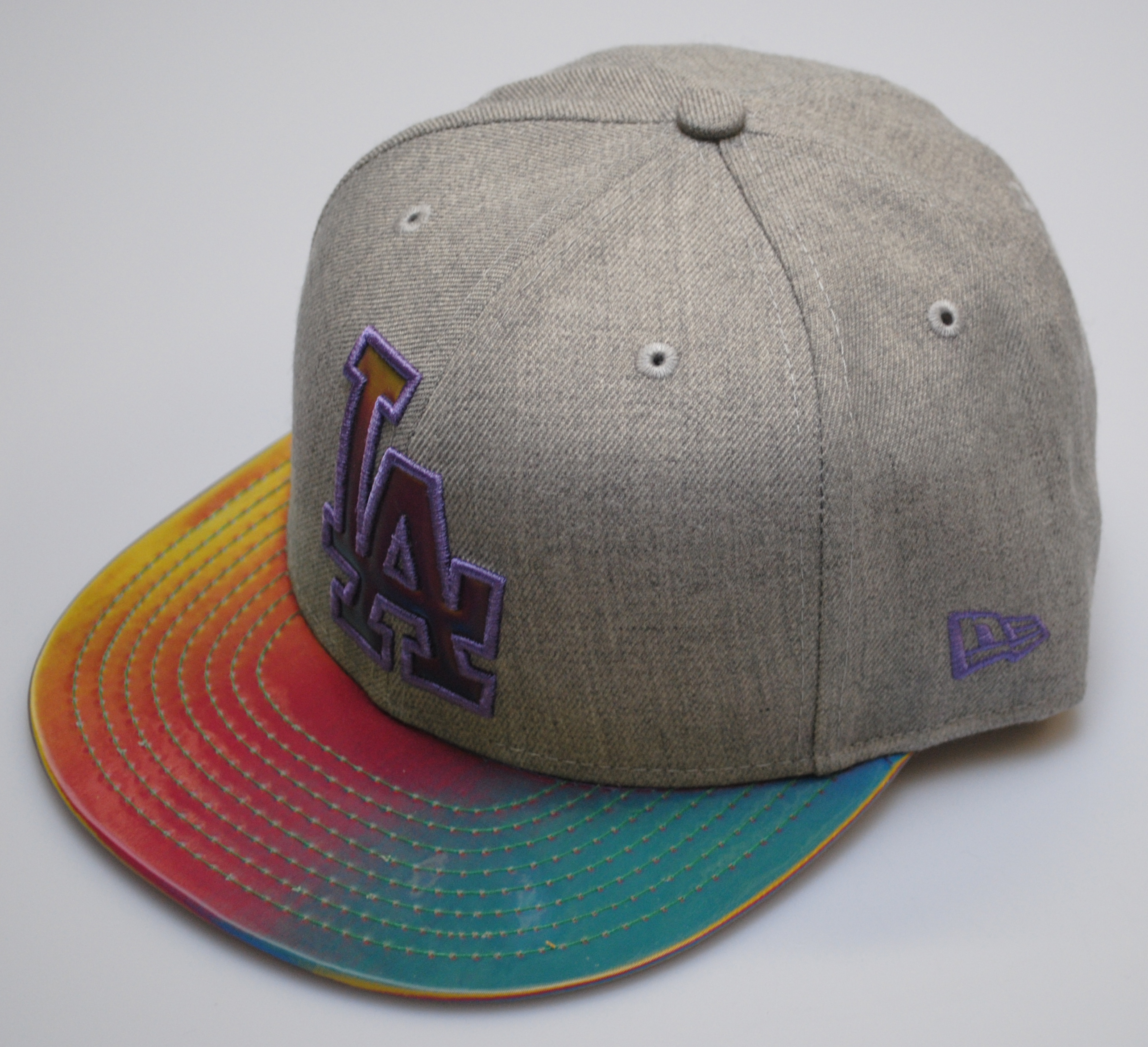 New Era 9fifty LA Dodgers Grey Baseball Rainbow Colour Changing Snapback Cap S/M