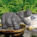 Bermuda Hippo Water Spitter