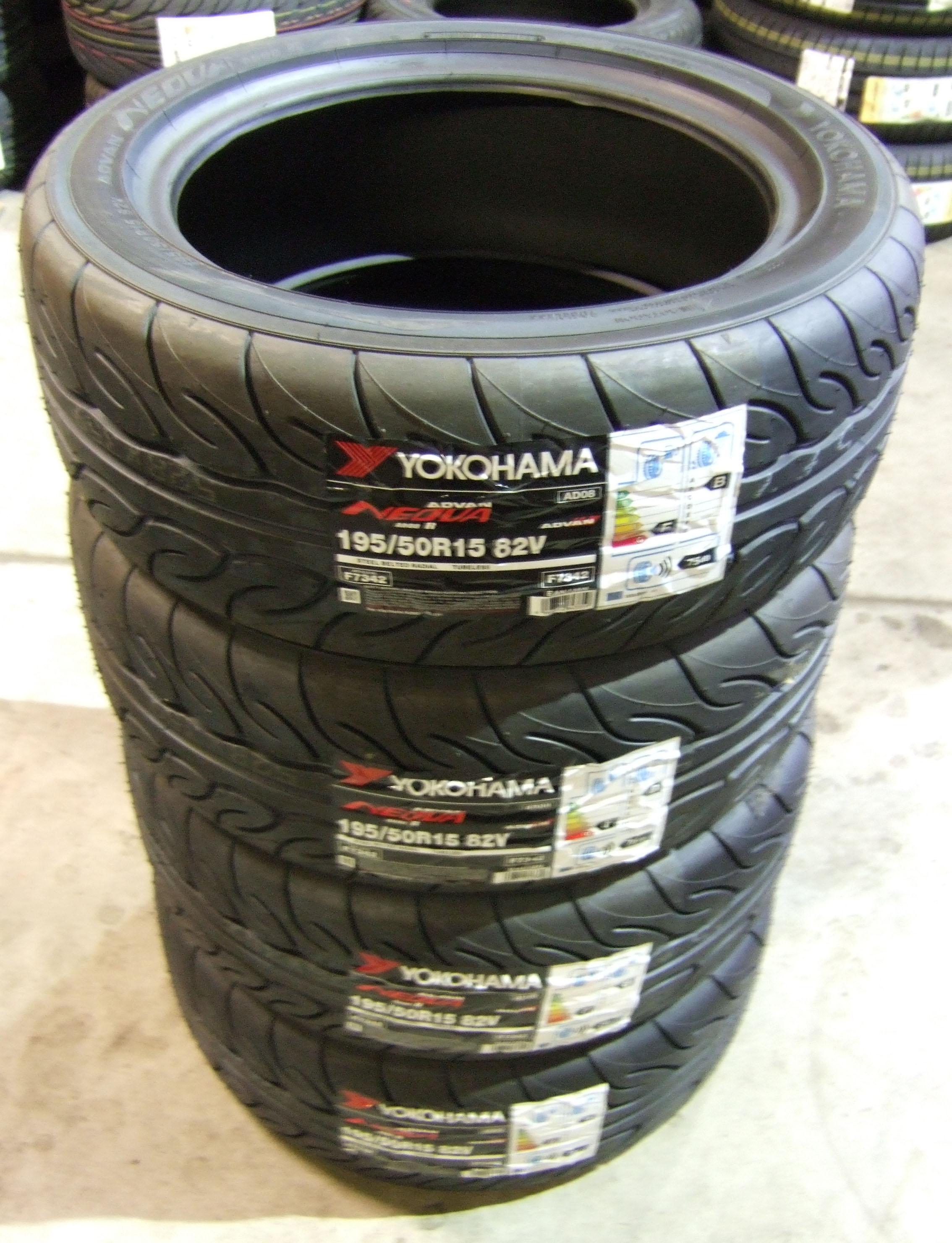 195 50 15 yokohama ad08r road legal track day tyres 1955015 82v 195 50 15 x4 ebay. Black Bedroom Furniture Sets. Home Design Ideas