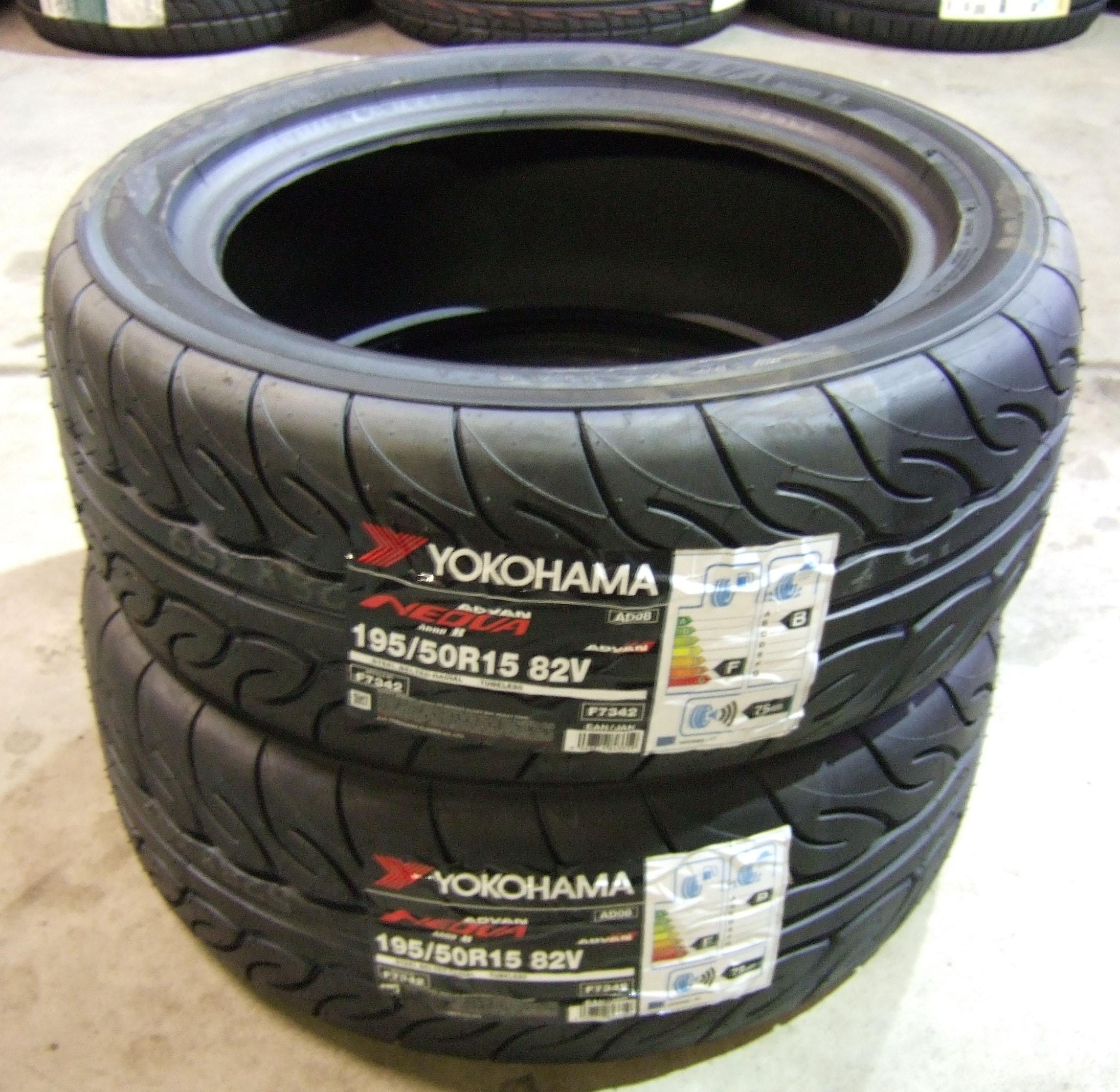 195 50 15 yokohama ad08 road legal track day tyres 1955015 82v 195 50 15 x2 ebay. Black Bedroom Furniture Sets. Home Design Ideas