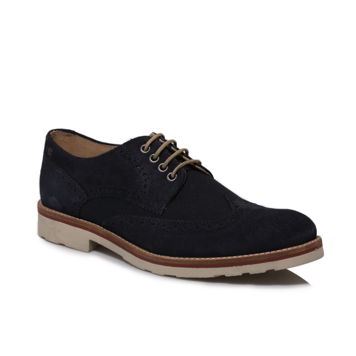 Classic and comfortable, a pair of men's suede shoes has a sought-after smart-casual versatility that can't be beaten. Browse the range to discover suede fashion trainers in dark hues like black and navy, as well as loafers in earthy brown and tan for daytime cool.